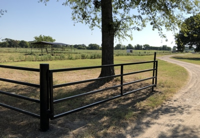 custom farm and ranch gates, East Texas
